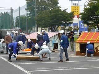 倒壊家屋からの救助訓練 (2).JPG